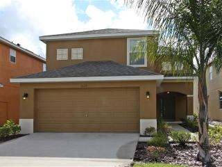 Like New! 4, Beds , 3 Baths , Pool -5-TVS-WIFI - Kissimmee vacation rentals