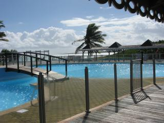 2 bedroom apartment orient bay beach - Saint Martin vacation rentals