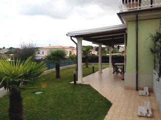 Appartamento con Giardino a due passi dal Mare - Numana vacation rentals