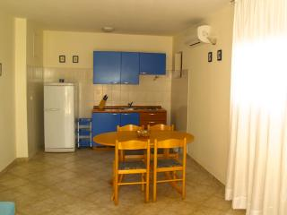 Apartment ANDI Punta Skala [4+2] ☆☆☆ 30m to sea - Petrcane vacation rentals