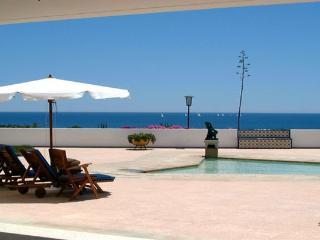 B&B - Palmeiras house , RI - Alvor vacation rentals