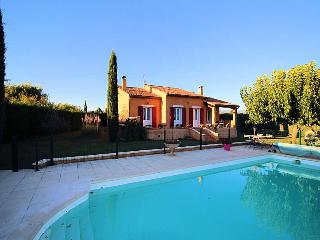 Apt Luberon, Villa 6p. private pool, nice surrounding - Apt vacation rentals