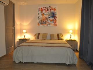 Maison paisible - Saint-Paul-de-Vence vacation rentals