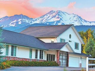 2 bedroom Guest house with Internet Access in Mount Shasta - Mount Shasta vacation rentals