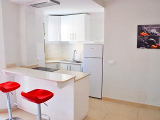 Nice Apartment in Los Cristianos - Los Cristianos vacation rentals