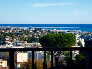 Medieval Charm + Vintage  Seaview Lounge + Terrace - Cagnes-sur-Mer vacation rentals