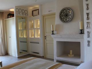 Le Nicchie Guest House - Junior suite con terrazza - Lucera vacation rentals