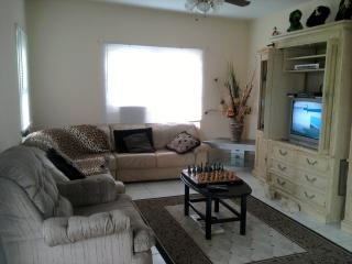 Good Value for your money (close to Hamilton) - Hamilton vacation rentals