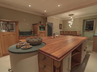 Nice Townhouse with Internet Access and Dishwasher - Castle Douglas vacation rentals