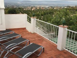 Orange Grove View. Panoramic views. In town, easy walk to amenities - Alhaurin el Grande vacation rentals