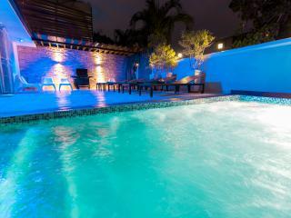 Playboys Mansion in Santo Domingo with pool 8BR - Santo Domingo vacation rentals
