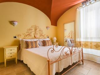 Castle View House - Bosa vacation rentals