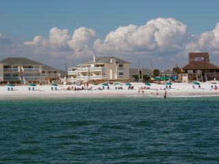 Sandpiper Cove - Canal Front  - FREE beach service - Destin vacation rentals