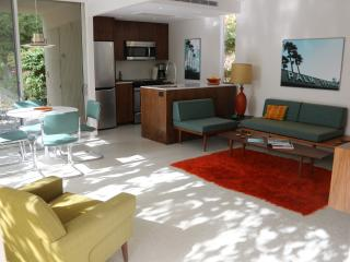 Stylish Mid-Century Modern Gem in peaceful setting - Palm Springs vacation rentals