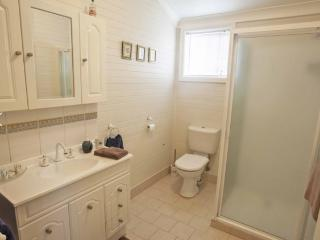 Curlew Cottage B&B Sparrow Double Room - Dungog vacation rentals
