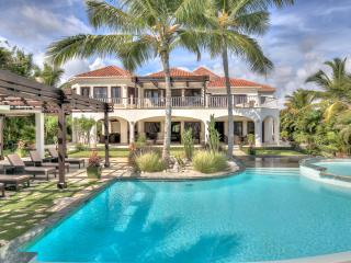 4 Bedroom Oceanview villa in the exclusive Arrecife enclave of Punta Cana Resort - Punta Cana vacation rentals