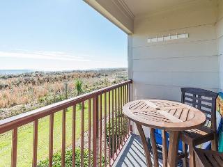 Beach & Tennis AR105, 1 Bedroom, Ocean View, 2 Pools, Sleeps 6 - Hilton Head vacation rentals
