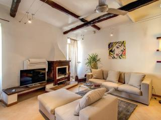 Beautiful 2 Bedroom flat with AC - Rome vacation rentals