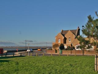 Comfortable House with Internet Access and Television - East Cowes vacation rentals