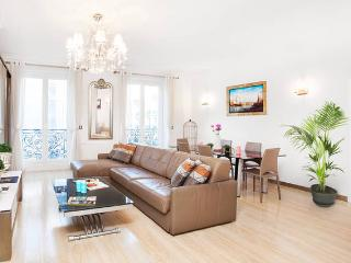 Montorgueil Paris Centre, 100m2, 6p - Paris vacation rentals