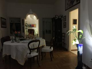 Suite elegantissima dentro edificio storico - Palermo vacation rentals