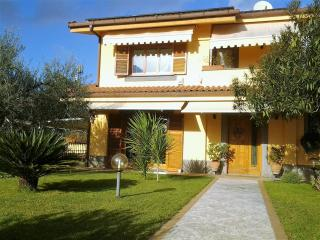 Lovely Condo with Internet Access and Kettle - Grottaferrata vacation rentals