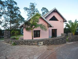 2 bedroom Villa with Internet Access in Sao Jorge - Sao Jorge vacation rentals