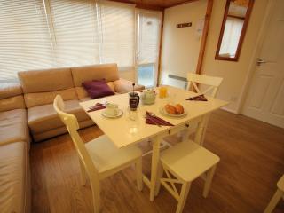 71 GoldenBayHolidays Puffin - Westward Ho vacation rentals