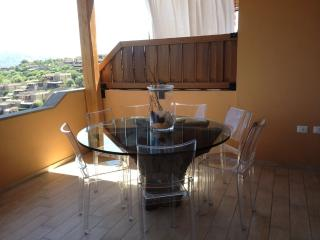 TRILO CON VISTA SUL MARE - Portisco vacation rentals