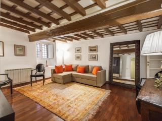 Elegance by the Pantheon 2 Bedroom Apartment - Rome vacation rentals