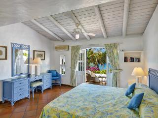 A Delightful Mediterranean-Style Townhouse - The Garden vacation rentals