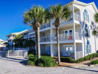 Beautiful Condo with Internet Access and Grill - Miramar Beach vacation rentals