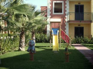 Nicola's Vacanze Quadrilo6 - Villapiana vacation rentals