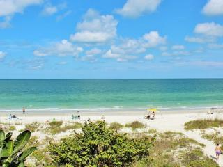 Updated Gorgeous Gulf Front Condo with big Balcony - Indian Rocks Beach vacation rentals