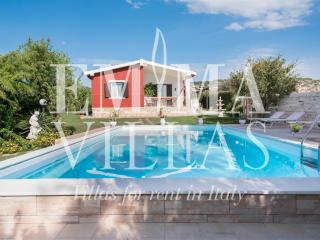 Beautiful 2 bedroom Villa in Ispica - Ispica vacation rentals