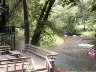 Alpine Riverside Retreat Downtown Helen - Helen vacation rentals