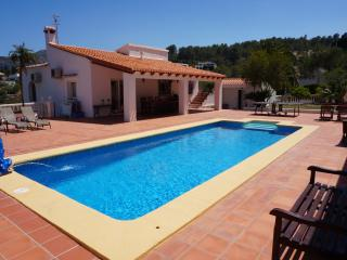 Luxury villa with heated pool and jacuzzi - Benidoleig vacation rentals