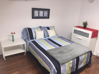Conveniently Located Downtown 2 BDR - Ottawa vacation rentals