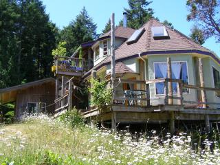 Unique Hand made Treehouse/Healing Bathhouse - Galiano Island vacation rentals