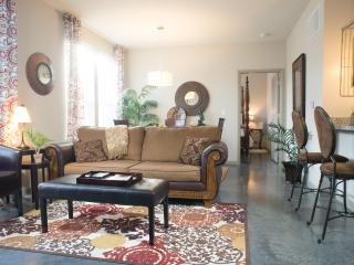 Luxury Corporate rental close to everything - Summerville vacation rentals
