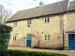 Barley Cottage - Self Catering Holiday Cottage. - Peterborough vacation rentals