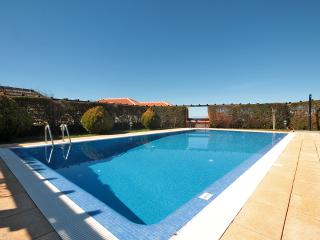 Cozy 3 bedroom Villa in Prazeres - Prazeres vacation rentals