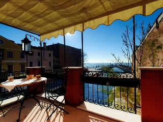 Ca' Vida - charming flat with terrace with wonderful view - Venezia vacation rentals