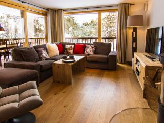 Chalet Les Rahâs 3 bedroom Apartment - Grimentz vacation rentals