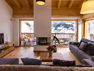 Sunny 5 bedroom Grimentz Condo with Internet Access - Grimentz vacation rentals
