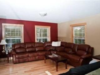 Large private luxury home with outdoor hot tub - Anson vacation rentals