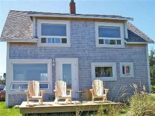 Perfect 4 bedroom Barrington Cottage with Internet Access - Barrington vacation rentals