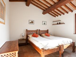 Casale Pundarika - Appartamento per 3 nella Natura - Riparbella vacation rentals