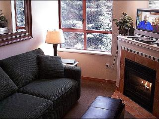 Shared Outdoor Hot Tub and Pool - Gas Fireplace (4002) - Whistler vacation rentals