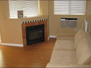 Shared Outdoor Pool and Hot Tub - Gas Fireplace (4006) - Whistler vacation rentals